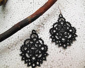 SALE, Black tatting lace earrings, tatting jewellery, frivolité lace design, hand tatted earrings, chandelier earrings,