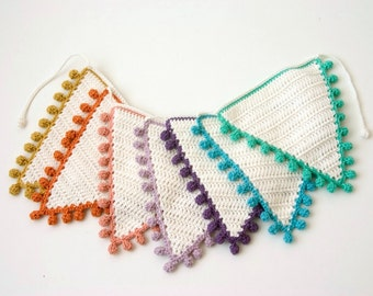 Crochet Bunting PATTERN: Flags with Bobble Edging in various sizes - Photo Tutorial