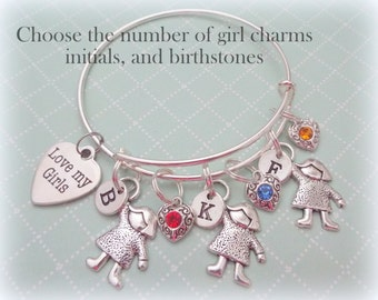 Gift for Mom with Daughters, Custom Charm Bracelet, Gift for Mom, Personalized Gift for Mom, Jewelry for Mother, Initial Jewelry, M01