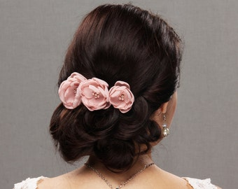 Wedding Hair Flower, Bridal Flower, Corsage Flower, Flower Headpiece, Flower Hair Piece, Bridal Hairpiece, Blush Headpiece, Flower Hair clip