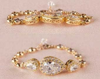 Gold Bridal Bracelet, Rose Gold Wedding Bracelet, Bridal Jewelery, Swarovski, Pearl Wedding Jewelry,  Bridal Jewelry, Ariel Bracelet