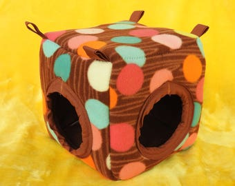 Large, Padded Cube - 8x8x8 inches - for for ferrets/chinchillas/guinea pigs/hedgehogs/rats/small rabbits/ birds/lizards/small beardie