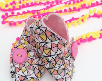 Handmade Baby Shoes - Geometric Pin Wheel
