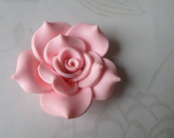 x 1 large 40 mm polymer clay light pink flower bead