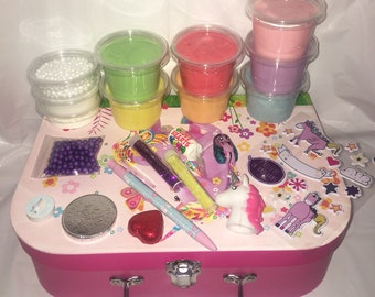 Scented Unicorn fluffy slime gift case / gift box 30oz plus LOTS of extras
