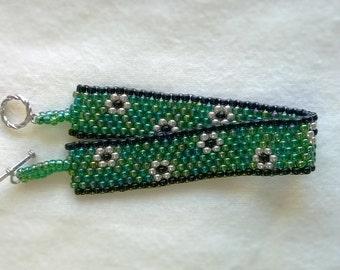Dragonscale Flower Bracelet