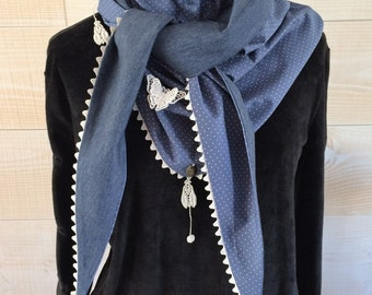 Scarf in jersey and polka dot fabric.