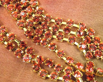 32PP, Round, Glass, Paparadcha, In Gold Over Lay Single Cup Chain Rhinestones