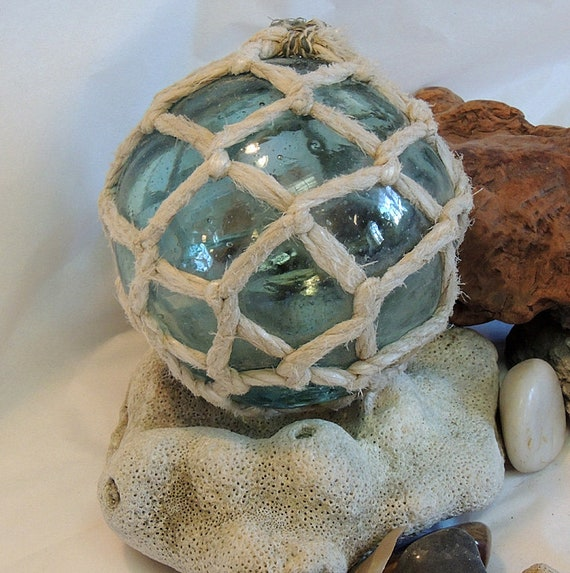 """Vintage 14"""" In Circumference Japanese GLASS FISHING FLOAT.. Full Net, Mark & Bubbles (#48)"""