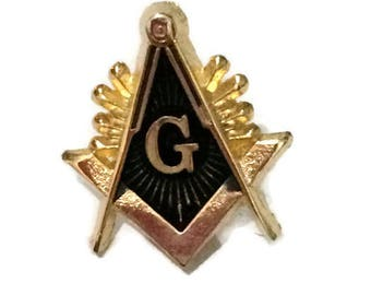 Masonic Square & Compass Lapel Pin