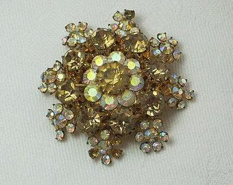Vintage SNOWFLAKE RHINESTONE BROOCH Gold IRiDESCENT Stones Retro Pin Holiday GIft