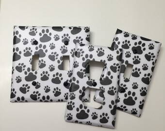Black & White dog paws,light plate cover,light switch plate, outlet cover, outlet plate, home decor, wall art