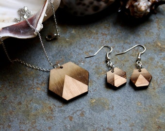 Wooden jewelry ardornment set, geometric jewel, wood necklace and earrings, hexagon shape landscape sunset inspiration, minimal french style