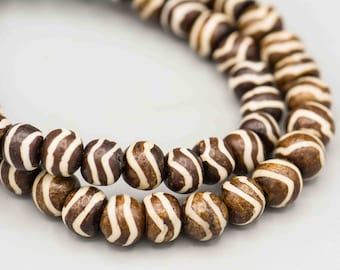 "Batik Bone Beads Dark Brown with White Stripe 8mm 29 Beads on 8"" Strand SKU-BSS-39"