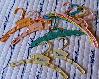 9 Plastic Baby Hangers