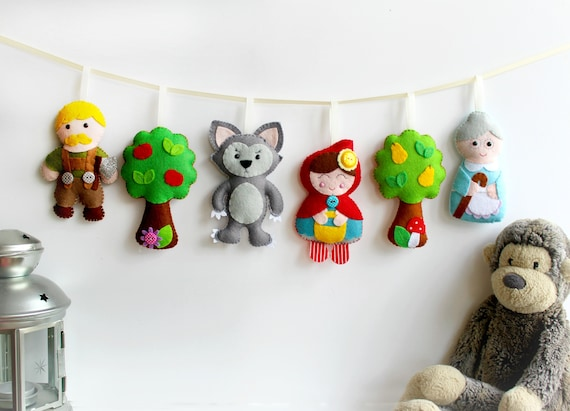 Little Red Riding Hood Felt Garland Pattern