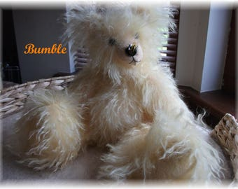 Sweet Little 'Bumble'  Handdyed Yellow Schulte 40mm Curly Mohair  One of a Kind   Handsewn Teddy Bear