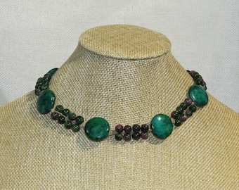 Green stone with ruby in zoisite gemstone beads. Adjustable length necklace.  NECK-509