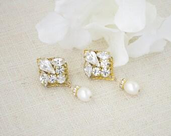 Pearl drop wedding earring, Gold wedding earrings, Swarovski rhinestone and pearl bridal earring, Crystal and pearl
