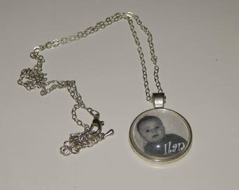 Personalized necklace with photo and name