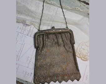 ON SALE Vintage Mesh Purse- Metal- Antique Silver Purse- Evening Formal Bag- Antique Woven Metal Purse- Ornate Frame