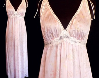 1970s Vintage Nightgown by Miss Elaine Light Pink Floral Size Small