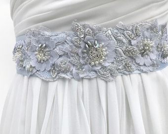 Floral Beaded Lace Bridal Sash / Crystal & Pearl Wedding Sash / Silver Blue / Wedding Dress Sash  / Flower Sash  / Bridal Belt / Bridal Blue