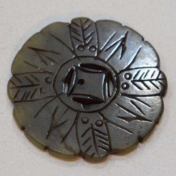 Beads Chinese Serpentine Green Medallion Pendant Vintage 54mm