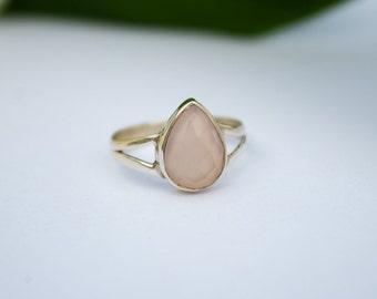 Rose Quartz Ring, Rose Quartz Sterling Silver Ring, Pale Pink Stone Ring, Boho Ring, Dainty Rings, Quartz Jewelry, Promise Ring, Friendship