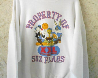 Vintage 1990s Six Flags Looney Tunes Crewneck Sweatshirt 90s Souvenir Pullover Bugs Bunny Tweety Taz White Graphic Sweatshirt Adult XXL