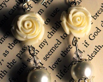 White Roses and Pearls Earrings
