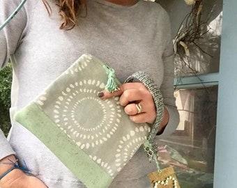 Clutch Bag | Clutch Purse | Vegan Leather | Wristlet Strap | Seafoam Geen | Seaside Vibes