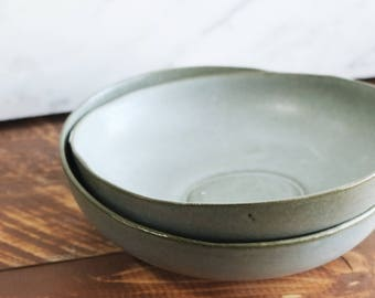 Medium Bowl - Grey