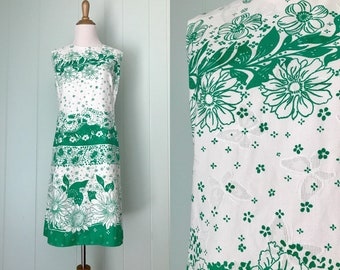 1970s Alex Colman White Floral Shift Dress | 70s Sleeveless Bright Green Flower Print Day Dress | Vintage Butterfly Embroidered Daisy Dress