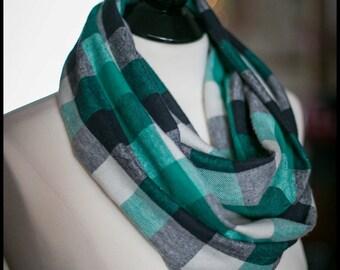 Infinity Scarf - Flannel - Turquoise, Black & Cream