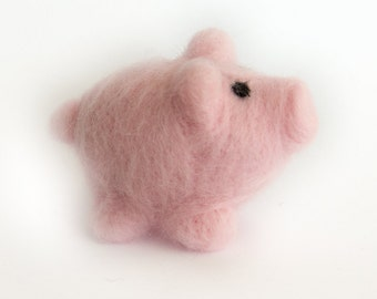 Wool Pig // Needle Felted Miniature // Nursery Decoration