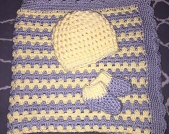 Custom Newborn Set (blanket, booties, and hat)