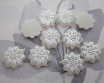50 pcs. pearlized plastic pearl flower flat back cabochons 13mm - r307
