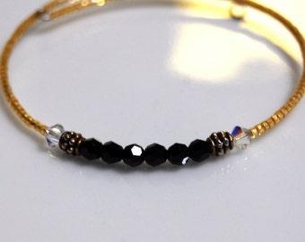 Minimalist Bracelet, Black Simple Bracelet Small Beaded Bracelet, Dainty Bracelet, Tiny Modern Bracelet, Gold Bracelet, Friendship Bracelet