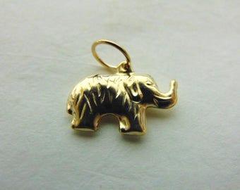Womens 10K Gold Elephant Charm Pendant 0.7g E1088