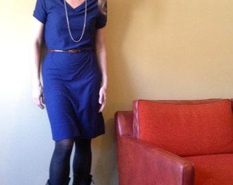 Vintage 1970s 80s T-Shirt Dress Blue V-Neck Classic Sweet