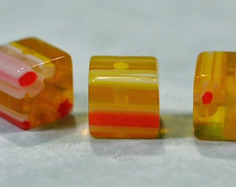 Milleflori yellow and red daisy cubes, 6x6mm, #719