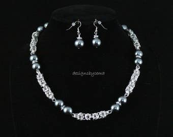 "Gunmetal glass pearl and Byzantine chain in a 20"" necklace with matching earrings"