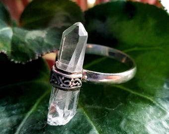 Quartz crystal ring, natural raw quartz crystal point in sterling silver, Wiccan jewelry, natural gemstone statement ring for Mother's Day
