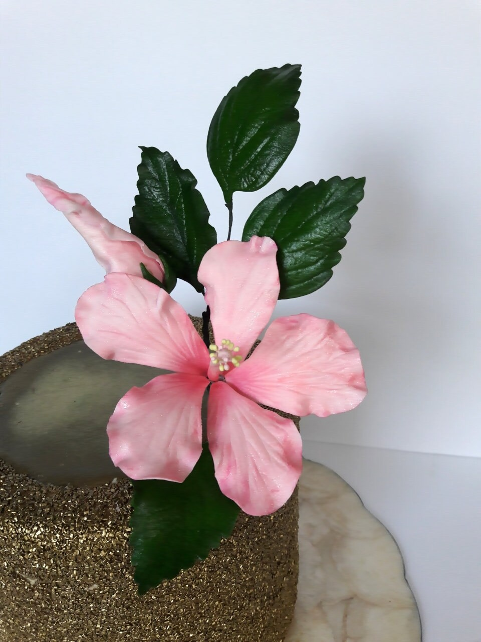 Tropical sugar gumpaste hibiscus flower for wedding cake zoom izmirmasajfo