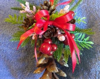 pinecone christmas tree ornament