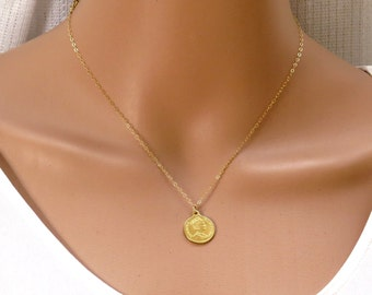 Gold Coin Necklace, gold coin pendant, gold disc pendant,Large coin necklace, british coin, ancient coin,gold filled coin necklace,