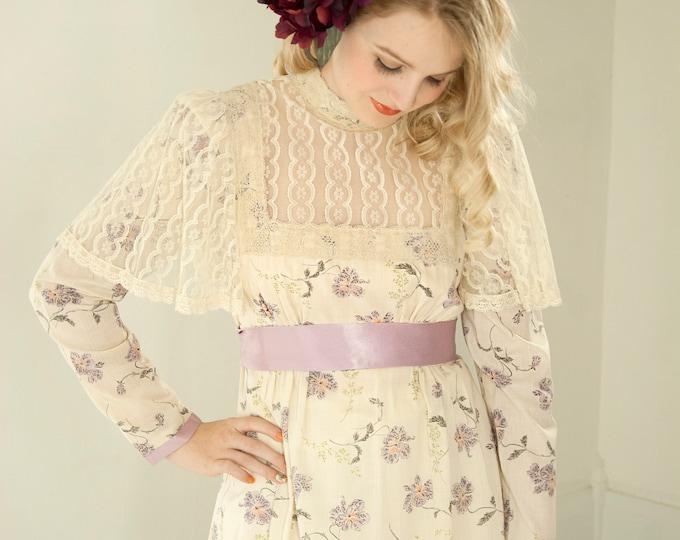 Vintage Gunne Sax dress, white purple floral lace cape flutter sleeve long maxi, cotton boho wedding Victorian Renaissance, 1970s, XS S
