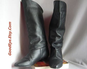 Vintage Black Leather Slouch Boots / size 6 .5 M  Eur 37 UK 4 / Flat Heel Pixie Pirate Cuff Slouchy Knee