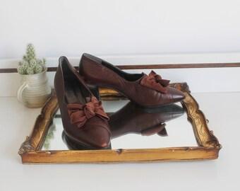 Vintage 1940's Hogl Austria Brown Snake Print Leather Large Bow Front Small Heel Slip On Shoes Size UK 4.5 EU 37.5 US 6.5